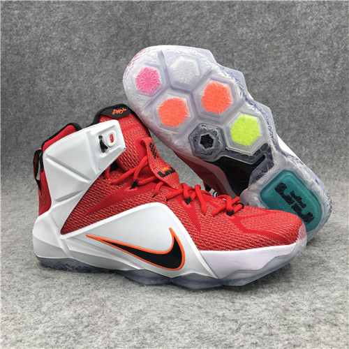 Lebron James 12-M-008