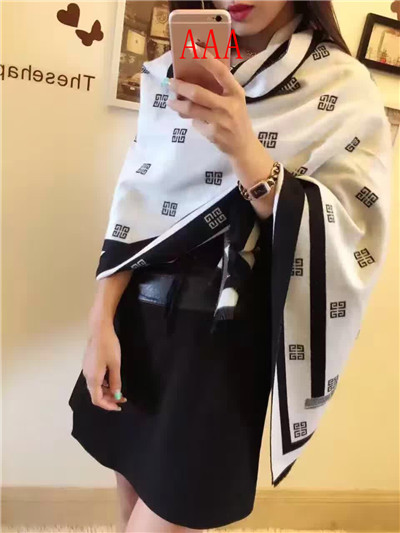 Givenchy-Shawl-001
